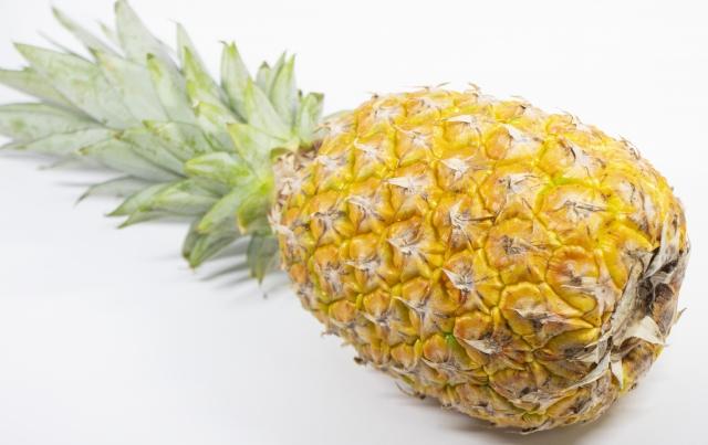 パイナップル|クエン酸が乳酸を分解し、咳で疲れた喉を癒やす