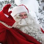 サンタクロースが赤い服になった理由!聖ニコラオスとコカコーラの広告とイメージを作り上げた画家たち!