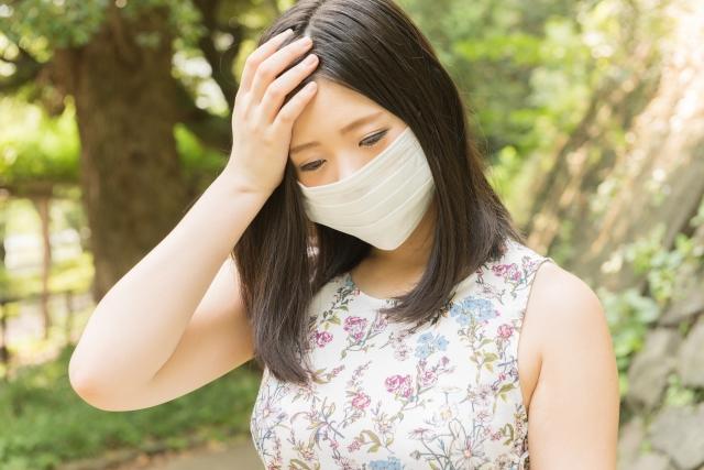 花粉症による頭痛の原因と対処法とは!?鼻水やくしゃみへの対策