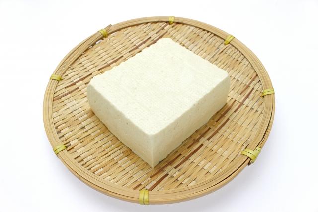 トウフ【豆腐】|良質のタンパク質が豊富で消化吸収率は90%以上