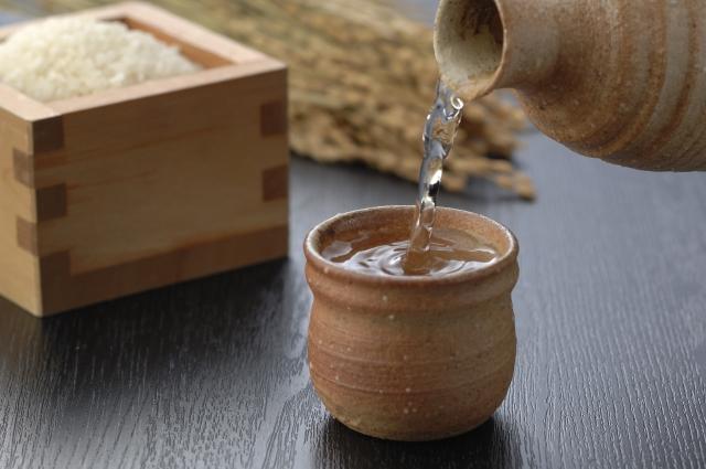 ニホンシュ・サケカス【日本酒・酒粕】|適量さえ守れば良薬に