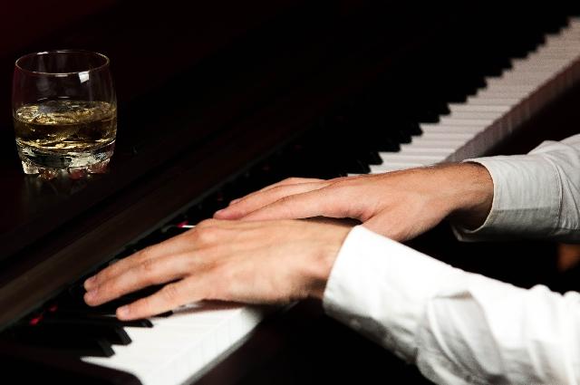 音楽で変わる味覚と飲酒量! ~酒の味は味覚ではなく精神で味わう~ 甘味を増す効果のあるBGMを消せば飲みすぎない