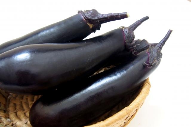 ナス【茄子】|色素成分ナスニンがコレステロール値を下げてくれる