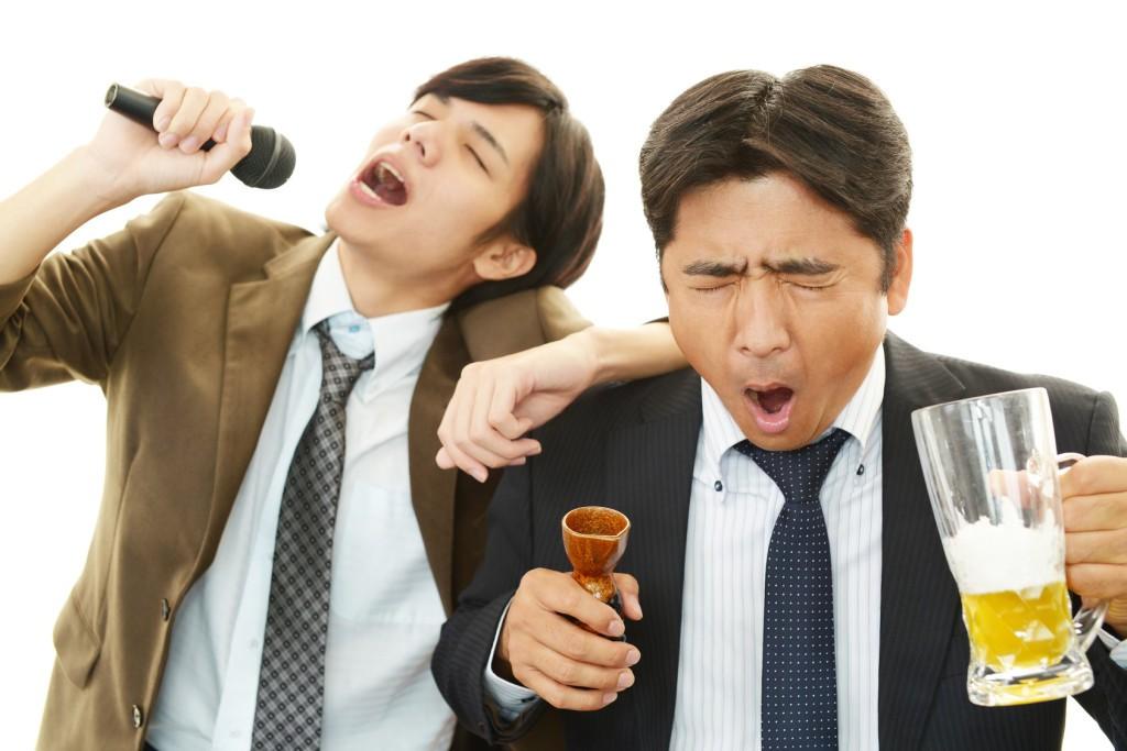最適な飲酒量で健康になる秘訣! ~お酒が脂肪肝のリスクを減らす~
