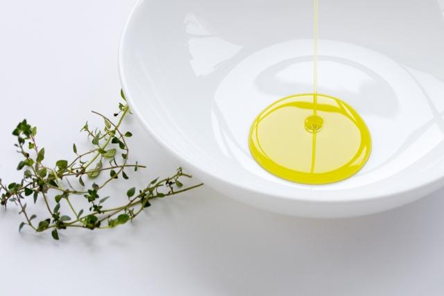 植物油|主成分は動脈硬化等を防ぐ「健康に良い油」の不飽和脂肪酸