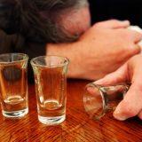 危険なアルコール摂取方法! ~急性アルコール中毒が世界中で多発! 心配停止や死に至るタンポン飲酒~